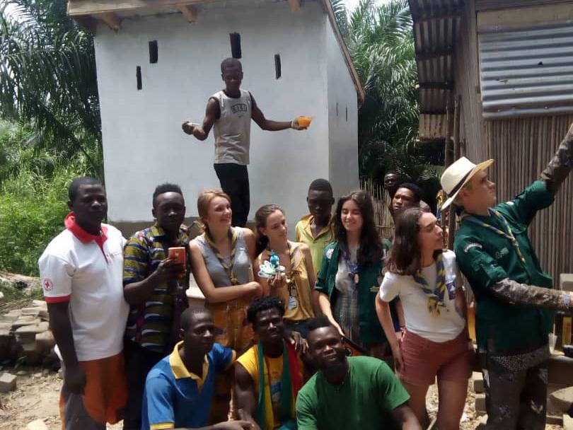 Été 2019 : Construction de latrines à Hlodo